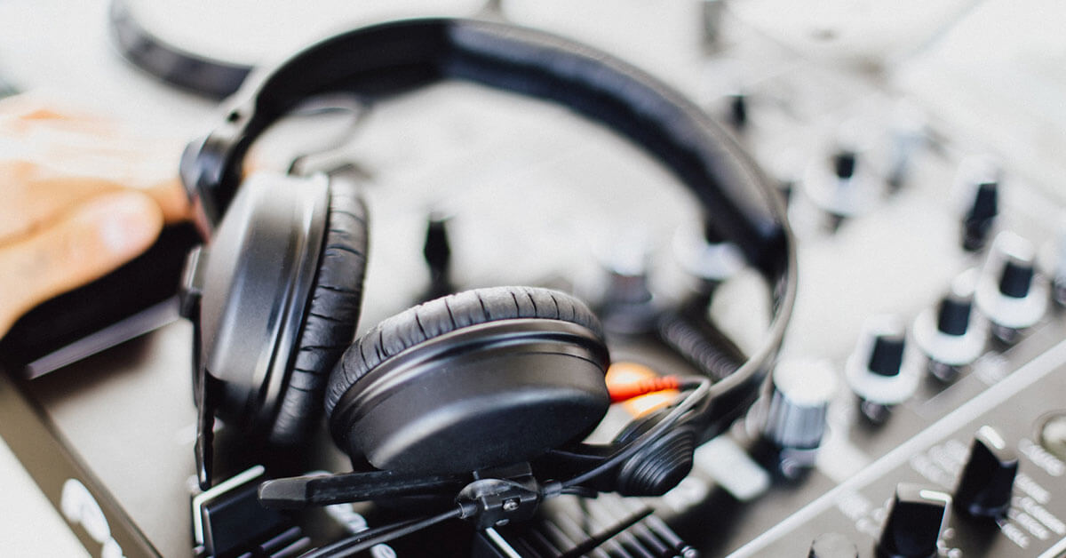 You are currently viewing Best DJ Headphones – Our Top 10 Picks for 2021
