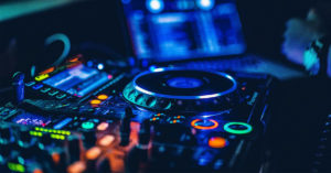 Read more about the article Best DJ Equipment for Beginners in 2021