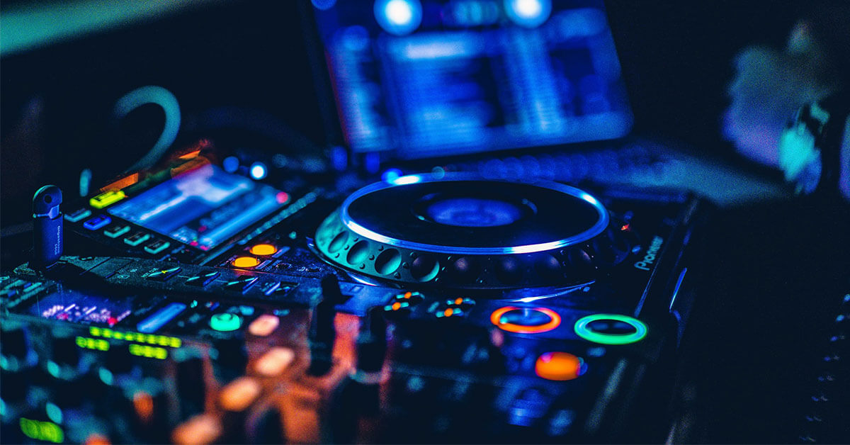 You are currently viewing Best DJ Equipment for Beginners in 2021